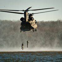 helocasting-helicopter-water-military-37828
